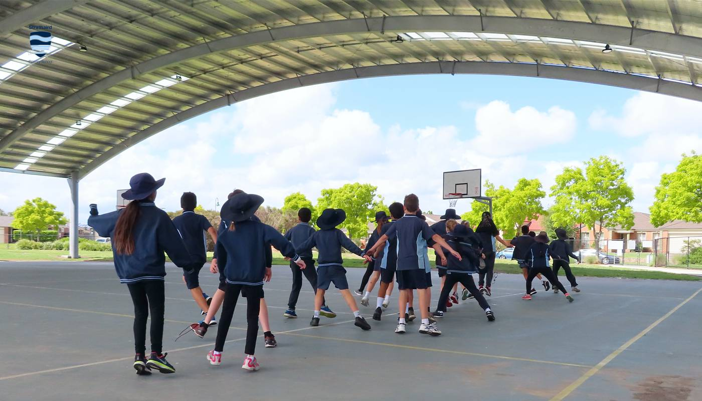 P.E. - Strathaird Primary School Narre Warren South